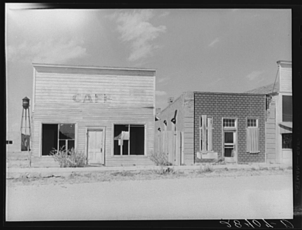 Abandoned Buildings, Keota 1939